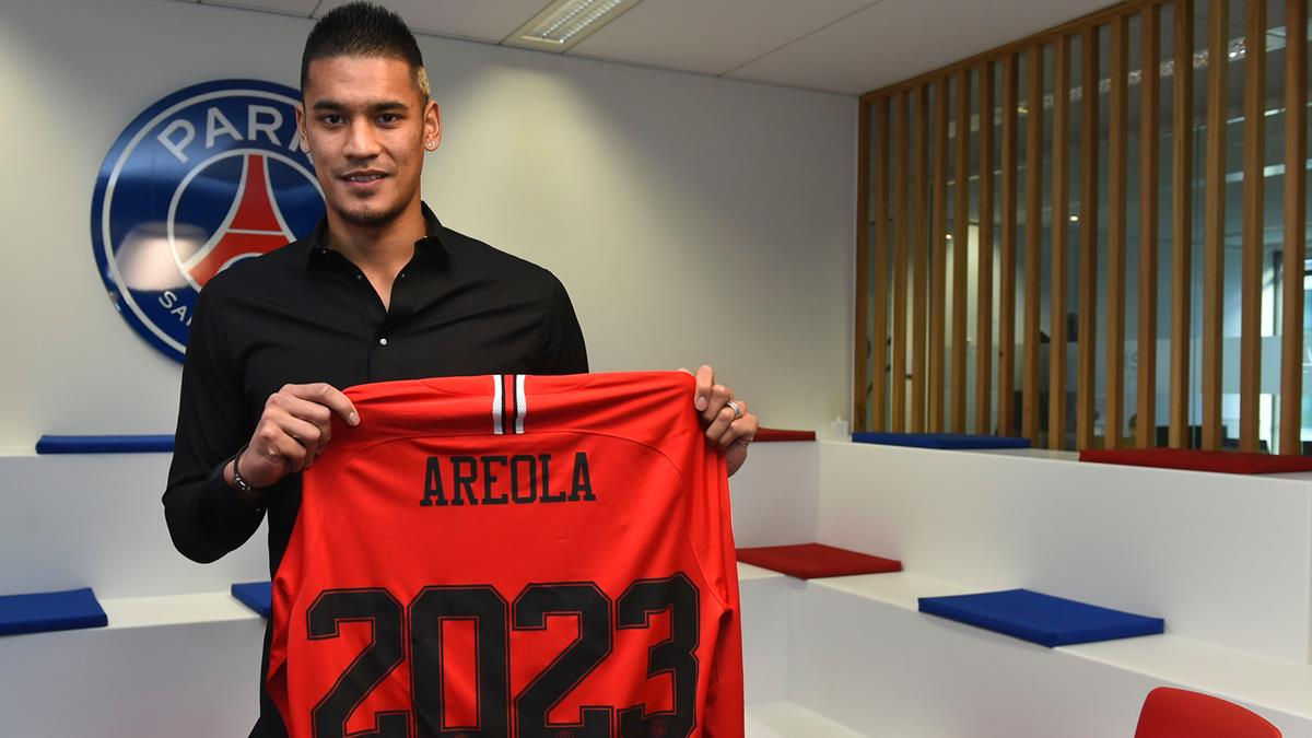 3029f47db Alphonse Areola extends his contract with Paris Saint-Germain until 2023
