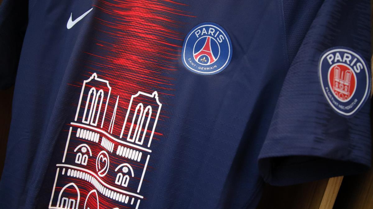 3e6f5cccd3e 1,000 Notre Dame jerseys on sale from 21:45 | Paris Saint-Germain