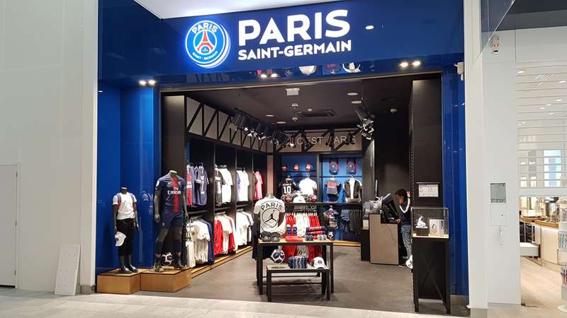 New shop opened in Orly international airport | Paris Saint